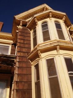 2-story bay windows