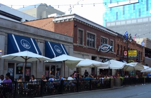 Streetside dining in full force!